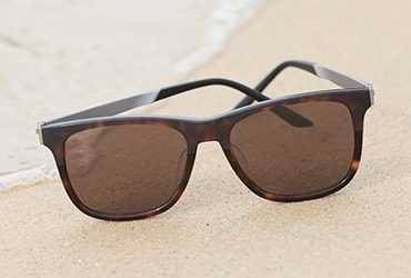 sunglasses-by-type-370x250px-polarized